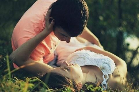 Статусы про поцелуй