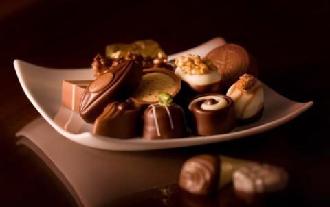 Статусы про день шоколада